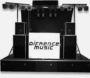 Discotheek inclusief DJ en lichtshow huren