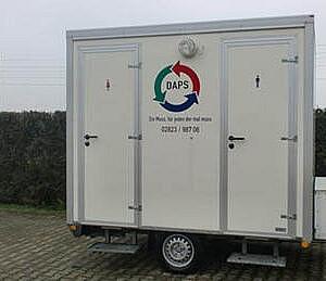 Toiletwagen huren voor 100 personen - Kleine Toiletwagen