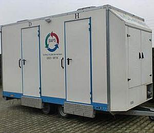 Toiletwagen huren voor 200 personen - Grote Toiletwagen